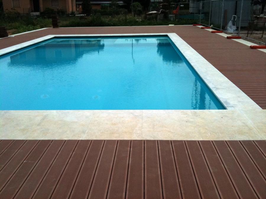 arredo stil 4 decking bordo piscina listoni in legno per